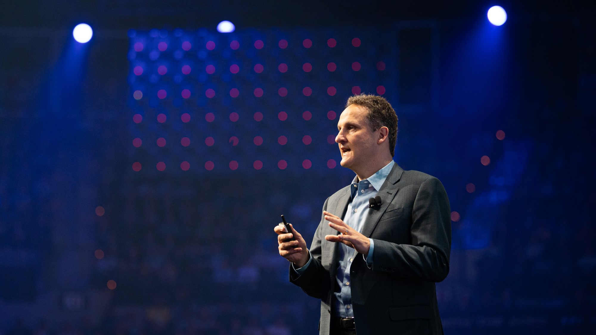 Tableau CEO Adam Selipsky on stage at TC19