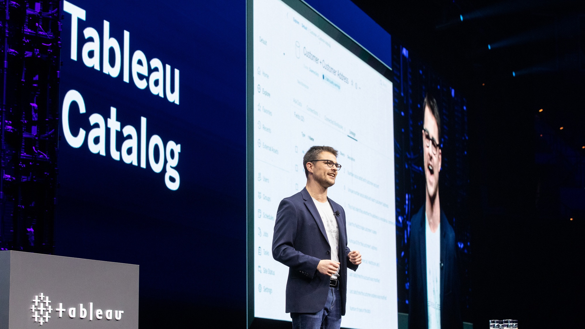 Product manager Graeme demos Tableau Catalog on stage at TC19