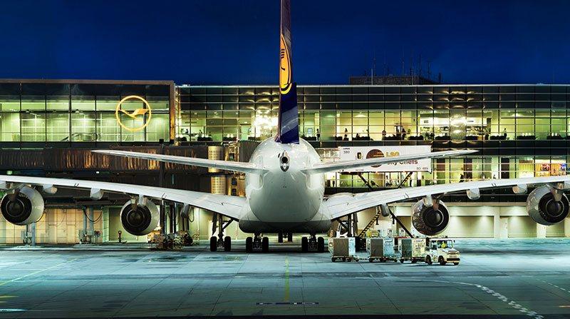 Avião comercial da Lufthansa